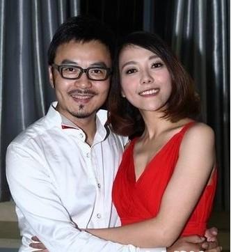 2000年和汪涵结婚,一年后离婚并离开湖南经视去新西兰,后回国在上海