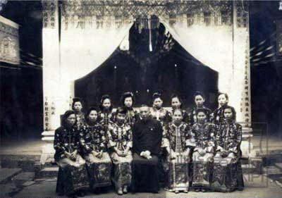 罕见一妻十二妾