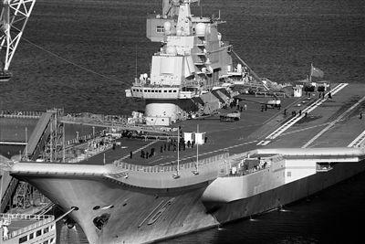 辽宁号今年首次出港 或将抵达青岛航母基地
