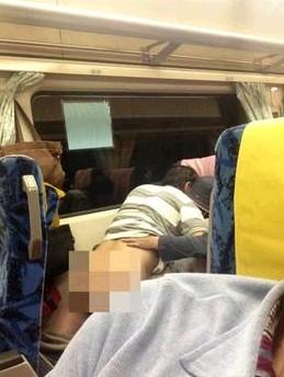 臺灣情侶列車上夸張親熱 盤點大玩車震的女明星/圖