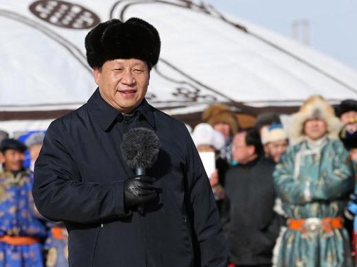 习近平农历马年前夕向全国各族人民和全球华人拜年