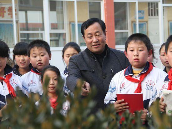 """""""中国梦・我的梦""""――山区孩子的""""筑梦人"""""""