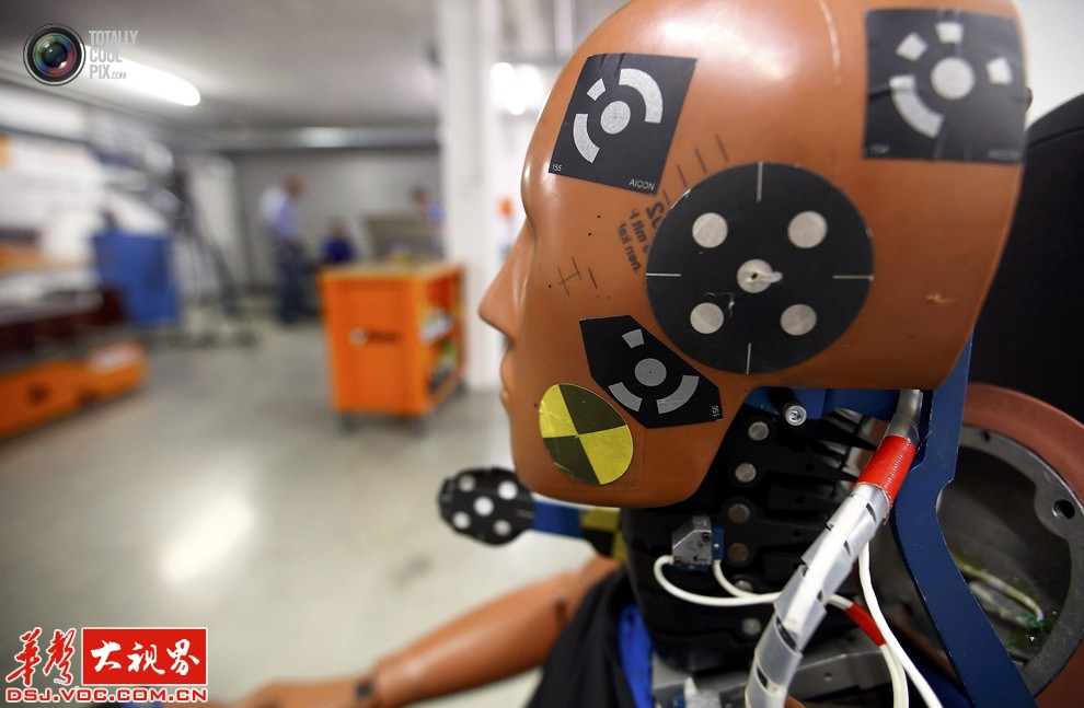 探秘德国的汽车碰撞实验室 从细节看日耳曼人的严谨高清图片