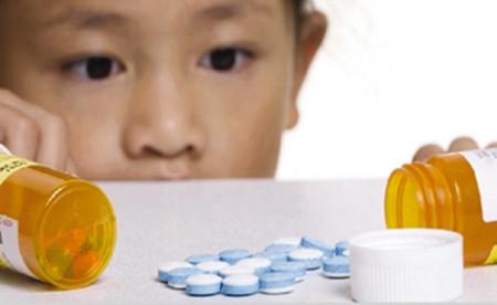 儿童错误吃药死亡新闻