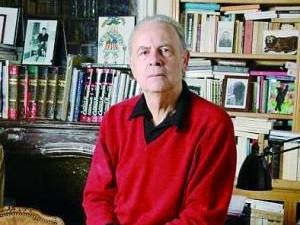 莫迪亚诺获诺贝尔文学奖 大学辍学专事文学创作
