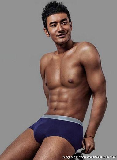 东城 盘点十大男星健身裸照