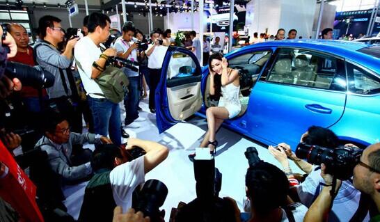上海车展取消车模,你怎么看?