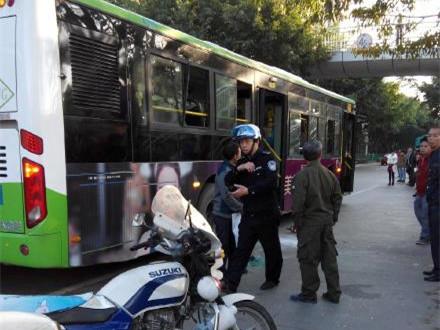 厦门一公交车起火致多人受伤