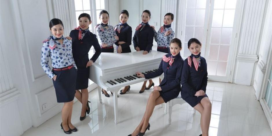 空姐空少拍摄春运炫酷时尚大片