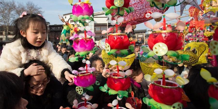 2015年春节长假全国接待游客2.61亿人次