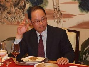 福建副省长徐钢被查:曾任泉州市委书记 称不傍大款