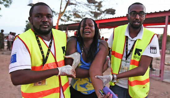 肯尼亚一大学遭极端组织袭击 伤亡惨重