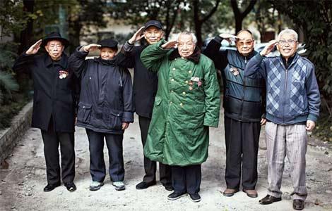 揭秘朝鲜战争结束后180师幸存战士荣辱60年