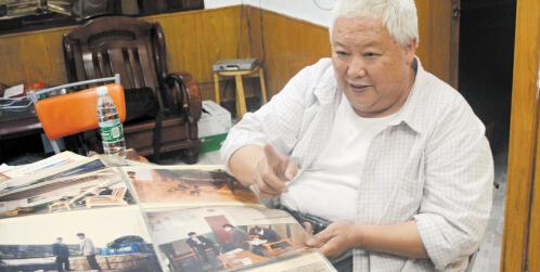 老汉8平米小店卖炸香肠 三年赚近千万