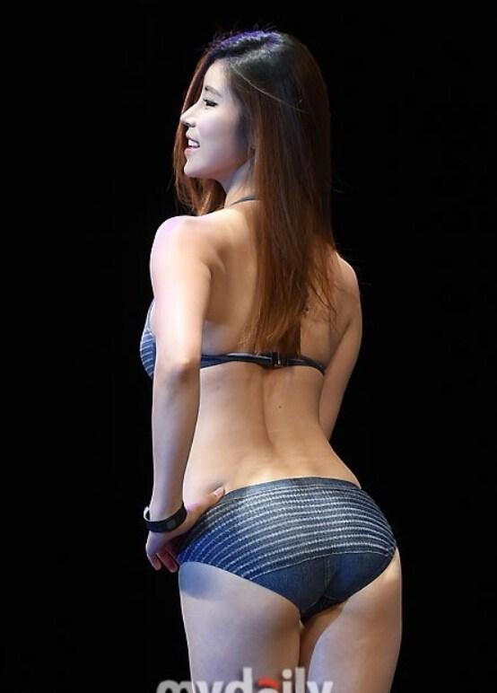 比基尼美女云集韩国美背小姐大赛