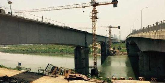 长沙磁浮工程浏阳河大桥全面合龙
