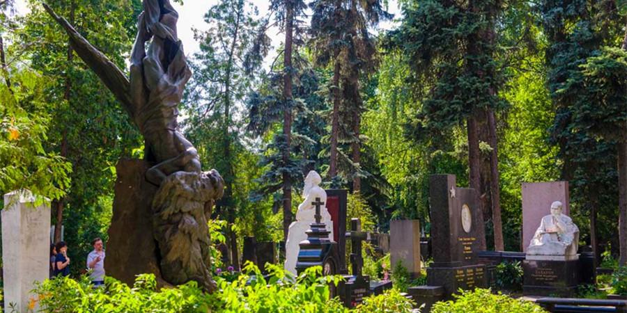 [历史篇]新圣女公墓:触摸一部伟大而辉煌的俄罗斯历史