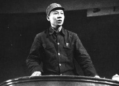 刘少奇在新四军:胡服同志是他