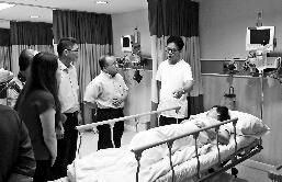 曼谷爆炸赔偿被指太低:外籍遇难者最高仅5.4万元