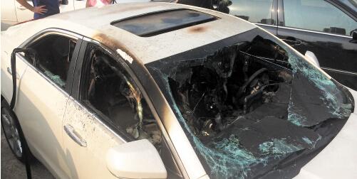 长沙女子离奇烧死在凯迪拉克车内