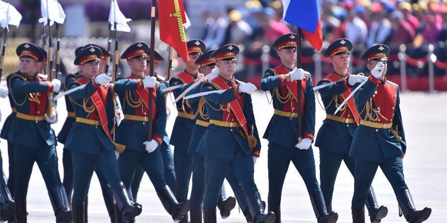 外军方队参加胜利日阅兵分列式
