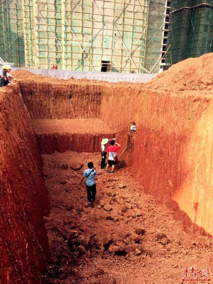 古墓的穷土和封土怎么辨认?