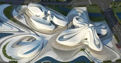 目前艺术中心钢结构已全部完工