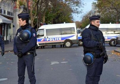 巴黎恐袭嫌犯中3人为亲兄弟 已有1死1被抓