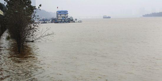 33.7米!湘江最大冬汛洪峰过长沙