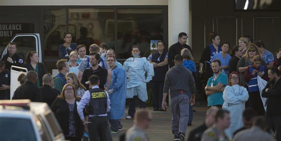 美国南加州枪击事件造成至少14人死亡