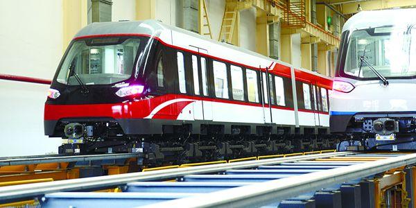 长沙磁浮红色系列主题列车亮相