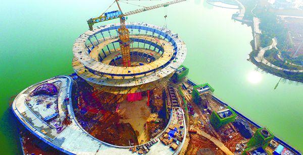长沙梅溪湖城市岛钢结构工程封顶