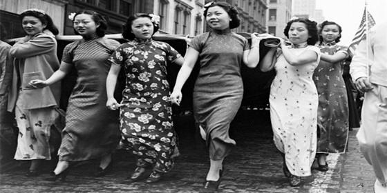旗袍加笑容:民国时期中国女性的魅力