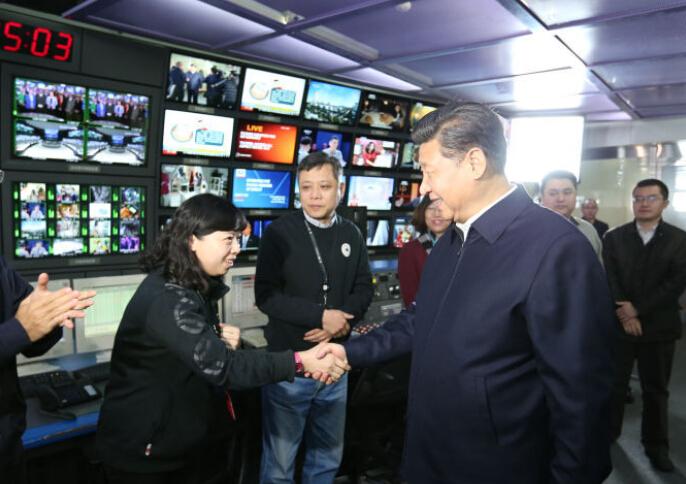 习近平到人民日报、新华社、央视调研 为全国新闻工作者点赞