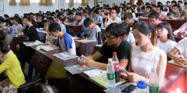 生殖健康大讲堂活动在湘潭大学举行