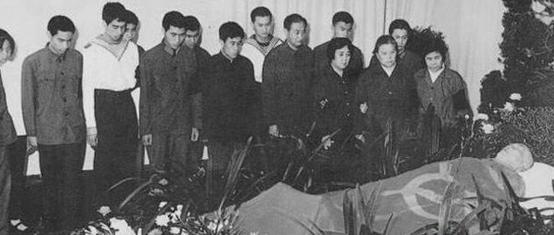 盘点共和国十大元帅的葬礼