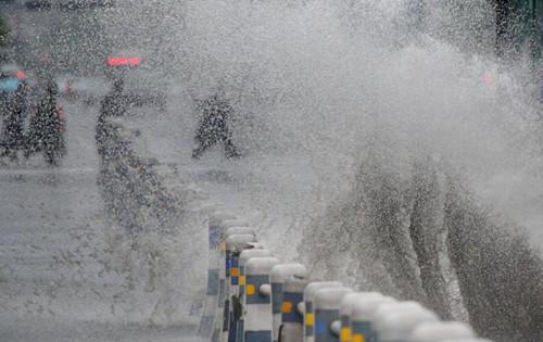 雨情|湖南60县966站降雨超50毫米 20个站点超警戒水位