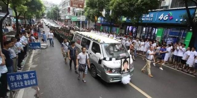 邵东救人英雄感动湘黔两座城