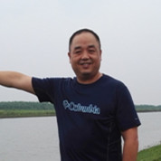 陈建波:做大芦笋产业 带富一方乡亲