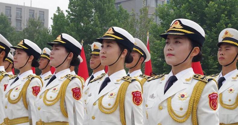 八一前夕:探秘三军仪仗队女兵中队