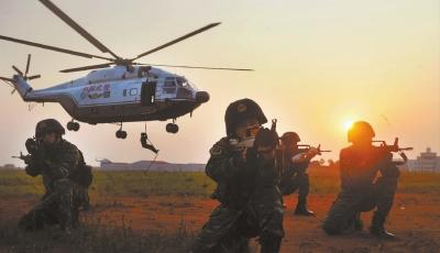 雄鹰展翅――探访武警湖南总队直升机大队