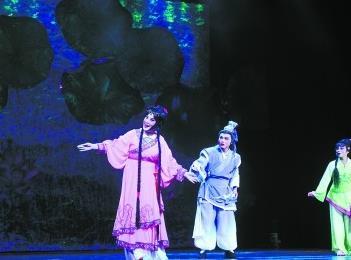 常德汉剧《孟姜女传奇》演绎爱情绝响