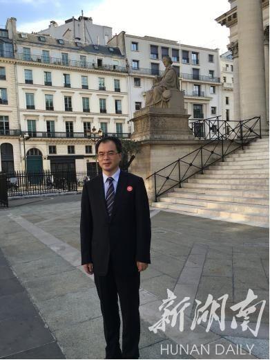 访华天集团董事长陈纪明:敢做 就能做成很多不可能