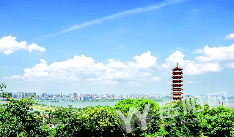 圣安寺方丈邀市民九月初九赴岳阳塔登高