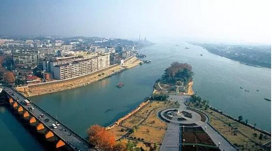 湖南 衡阳     日前,国家旅游局官方网站发布了由国家旅游局,国家发改