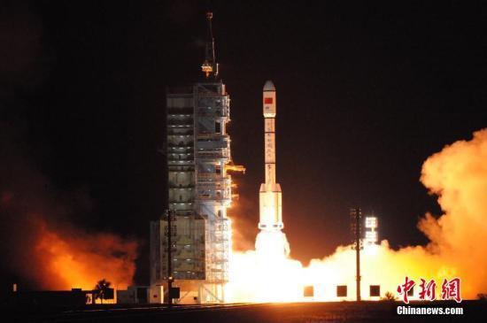神舟十一号拟10月17日发射 承担航天员运送任务