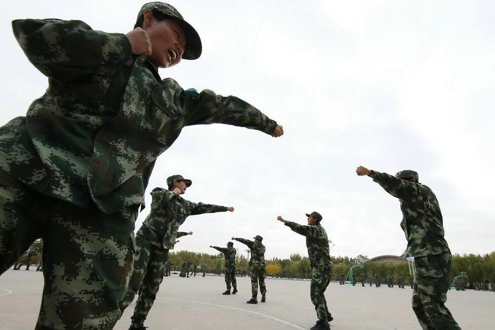 影像纪录 95后女兵的新训生活