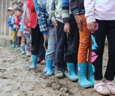 湖南出台相关实施意见 分类保障困境儿童生活