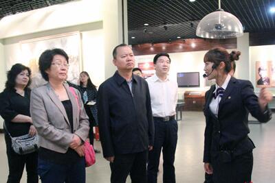 新疆吐鲁番地区政协来望城调研新农村建设与城镇化