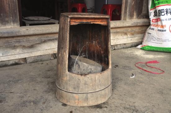 农村烤火炉内部结构